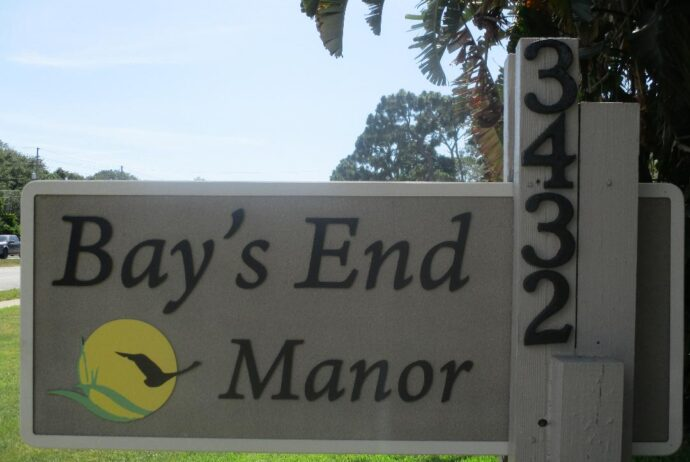 Bays End Sign